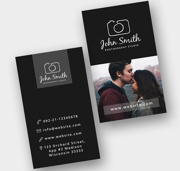 Free Minimal Photographer Business Card PSD Template