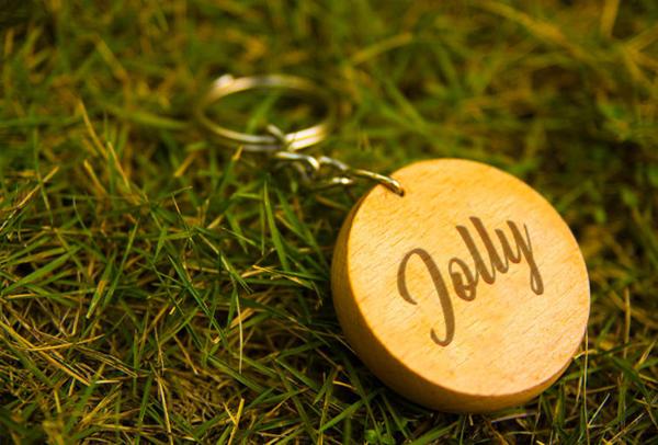 Free Round Wood Key Chain Mockup
