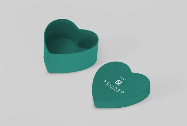 Paper Box Heart Mock-up